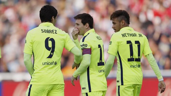 تألق نيمار وسواريز لا يغني برشلونة عن ميسي